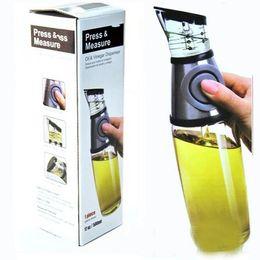 Wholesale Oil Meter - Metering Bottle Healthy Press Measure Ration Scale Oiler Vinegar Dispenser Oil Control Pot Bottles Leak Proof 500ml Sauce Boat Oilcan 12xz R