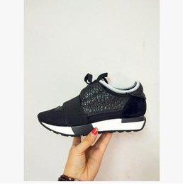 Wholesale Nude Color Shoes Flats - Hot Designer Name Brand Woman Man Shoes Flat Fashion Nude Whole Black Leather Mesh Mixed Color Trainer Runner Unisex Shoes