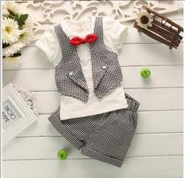 Wholesale Gentleman Style Boy Clothes - Retail 2017 New Summer Baby Boys Gentleman Clothing Sets Toddler Short Sleeve T-shirt With Bowtie+Shorts 2pcs Set Kids Suit Baby Boy Outfits