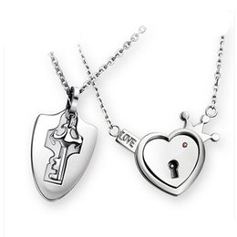 Wholesale Hearts Necklace Pendants Couple - Wholesale-Couples concentric lock Lover Pendant Necklaces For Women's and Men's 316L Stainless Jewelry Heart Necklace