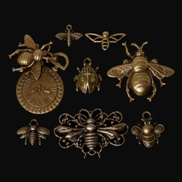 Wholesale European Beads Bee - Mixed Tibetan 46pcs Zinc Alloy Bees Charms Antique Bronze Plated Charm Pendants For DIY Bracelet & Necklace Jewelry