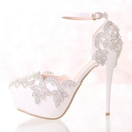Wholesale Diamond White Wedding Shoes - Hot White Diamond Wedding Shoes High Heels Wristband Waterproof Shoes with Fine Crystal Bride Dress Shoes
