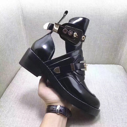 Wholesale Concrete Floor Polishing - Free shipping Women buckles side cut outs gladiator boots black white red polished leather motorcycle ankle booties