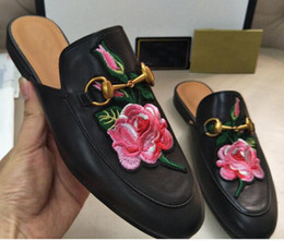 Wholesale Outdoor Slippers - GG Luxury Brand slippers women Princetown Leather Slippers Bling Flat Mules Casual Shoes Loafers Fashion Outdoor Slippers Ladies Summer