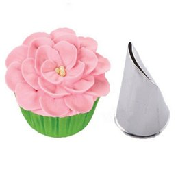 Wholesale Cupcake Flower Decoration - Wholesale- Flower Icing Piping Tips Nozzle Cake Cupcake Decoration Pastry Tool Baking Molds