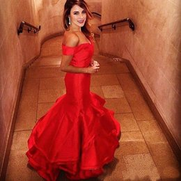 Wholesale Pink Tires - Elegant Off the Shoulder Mermaid Evening Dresses Red Sweetheart Backless Prom Party Gowns Ruffles Tired Custom Size Evening Gowns