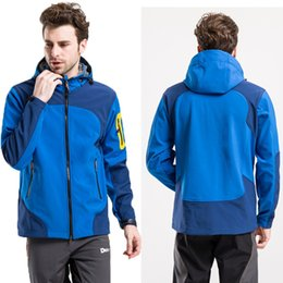 Wholesale mens ski jacket waterproof - Wholesale- Mens Windstopper Waterproof Softshell hiking Ski Jacket 2017 New outdoor skiing coat