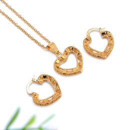 Wholesale 23 Earring - Pendant earrings. Heart-shaped pendant: 30mm. Width 23 mm. Long 25mm. Width 22mm100%: gold plated. Generous and noble fashion, European and