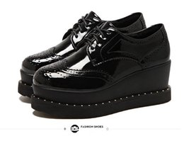 Wholesale Trendy Platform Wedges - Trendy black PU leather brogue oxfords shoes lace up platform wedge shoes size 34 to 39