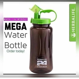 Wholesale Water Bottle Lid Straw - Herbalife Nutrition Mega Half Gallon 64oz Shake Sports Water Bottle Tritan Plastic Black with Green Lid Herbalife 24 Fit Club