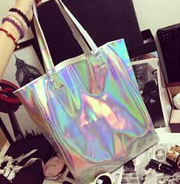 Wholesale- 2015 Shopper пляж сумка дизайнер сумки высокого качества женщин  плоский серебряный лазер сумки сумка головоломки Хараюку a695a8c1408