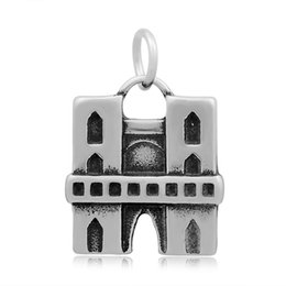 Wholesale Buses Steels - Vintage Style Antique Silver Plated Landmark Building and Bus Landscape Charm Stainless Steel Pendant For Bracelet Necklace Jewelry