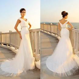 Wholesale Long Dresses Net Neck - Sheath V-neck Pleats Sleeveless Long Net Beach Beading Sash Wedding Dresses Ruched Tulle Sexy Simple Bridal Dress vestidos para casamento