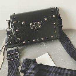 Wholesale Celebrity Brand Handbags - Celebrity style messenger bags women brand flap purse borse 2017 shoulder bag rivet crossbody bag designer handbags high quality
