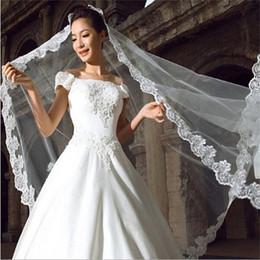 5m véu de casamento nupcial on-line-2017 Novo e Elegante 5 M Véu De Noiva com Borda Appliqued Branco / Marfim Acessórios Do Casamento Vestido De Noiva Estoque Longo Charme Véus de Noiva