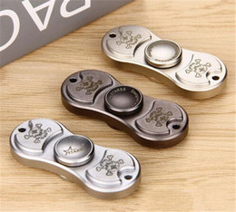 Wholesale Bamboo Batting - Starss Hand Spinner with Two Spins Decrease stress & remove compulsive disorder Starss Hand Spinner Bamboo bat Skull Type