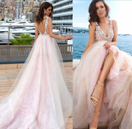 Wholesale Red White Wedding Dreses - Baby Pink 2017 Summer Beach Lace Wedding Dreses Soft Tulle Vintage Lace Applique V Backless Formal Long Bridal Gowns