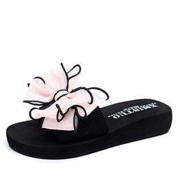 Wholesale Silk Bohemia - 2017 Summer Silk Bow Slides Women Summer Beach Shoes Woman Beach Slippers Flat Heels Flip Flops Ladies Rihanna Bohemia Sandals WS008