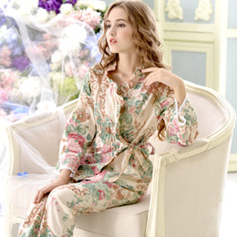 All ingrosso-Pijama Promozione Pigiama Nuovo 2017 Donne Pigiama Set 100%  Cotone Sleepwear Manica lunga Floral Lounge Set Tempo libero Homewear 9643 1d91da9b0