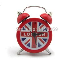 Wholesale Souvenirs England - Wholesale-Mini England Style Metal clock Home Decoration Table clock London Souvenirs