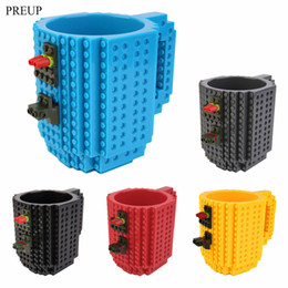 Wholesale Toy Building Blocks China - Wholesale- PREUP 2017 Creative DIY Build-on Brick Mug Style Puzzle Cup Building Blocks Water Bottle Frozen Coffee Cup Christmas toy Mug