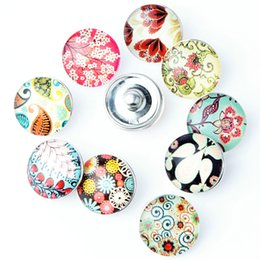 Wholesale Wholesale Ginger Snaps Jewelry - Wholesale-10 Pcs lot Beautiful Flower Snap Button 18MM Round Glass Ginger Snaps Jewelry Flower Snap Charm Fit Snap Bracelet NA12-088