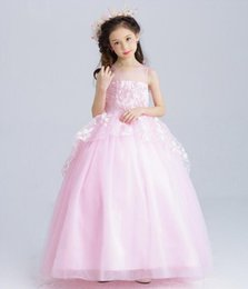 Wholesale Lovely Cute Girl Photos - 2017 Lovely Pink dresses for little girls with Bow Cute Lace Applique Flower Girl Dresses for weddings
