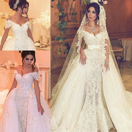 Wholesale robe belt - Sexy V Neck Luxury Lace Wedding Dresses Pearls V-Neck Off-Shoulder Detachable Train Applique Bridal Gowns With Belt Robe De Mariage