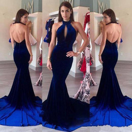 keyhole front dress Promotion Robes de soirée en velours 2017 Halter Keyhole Front sexy bleu royal Mermaid Prom formelles longues robes de partie vestidos