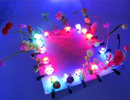 Wholesale Annual Plants - New flash hairpin spring clip headdress luminous monkey Annual Party Gifts new stall selling Meng Toys