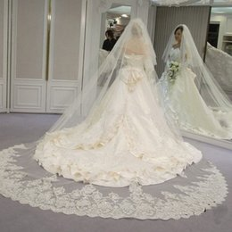 Wholesale Wedding Veil Ivory Cathedral 2t - velos de novia 3 Meters 2T White&Ivory Sequins Blings Sparkling Lace Edge Purfle Long Cathedral Wedding Veils
