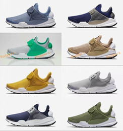 Wholesale Hot Men Sock Soccer - Wholesale Running Shoes Men Women Fragment Sock Dart Sneakers Boots Authentic 2017 Hot Sale Discount Sports Shoes Size 36-44 Drop Shipping