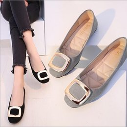 Wholesale Fall Style Tips - 2017 New Style Flat With Suede Metal Side Buckle Shoes Wild Shoes For Ladies Satin Tip LowRound Head