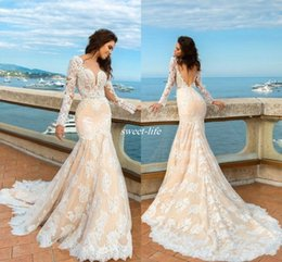 Wholesale Wedding Dress Fitted Train Sweetheart - 2017 Champagne Mermaid Lace Wedding Dresses Long Sleeves Beach Boho Elegant Backless Fitted Sweetheart Bridal Gowns with Sweep Train
