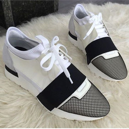 Wholesale genuine original - 2017 Original Luxury Brand Popular Runner Mesh Shoes Lace-up Patchwork Mixed Colors Low Cut Fashion Couple Casual Walking Shoes