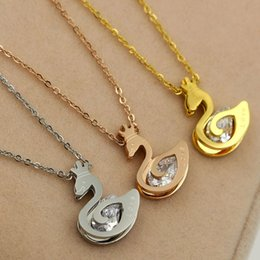 Wholesale Crystal Swan Prices - The new lovely Swan clamp drill with diamond necklace 18K rose gold plated titanium Korean women's bone chain factory price