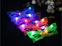 Wholesale Dress Up Glasses - Butterfly LED Flashing Glasses Light Up Rave Toys For Halloween Masquerade Mask Dress Up Christmas Party Decoration Supplies
