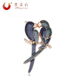 Wholesale Cute Parrot - Wholesale- MZC 2016 New Fashion Cute Double Birds Brooch Classic Magpie Broche Pin Women Enamel Parrot Jewelry Cheap Accorries X1592