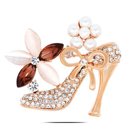 Wholesale Women Shoes Wholesales China - BR712 High-Heeled Shoes Brooch Pins Gold And Silver Plated Jewelry Korean Rhinestone Brooch Women Latest Brooch Design Whole