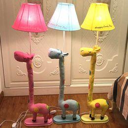 Mesa de estudo rosa on-line-New Modern tecido Bonito girafa lâmpada de assoalho romântico rural Sala de Estudo lâmpada de assoalho crianças bonito quarto Azul / Rosa / Amarelo luzes do assoalho da Mesa