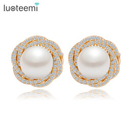 Wholesale Champagne Pearl Earrings - LUOTEEMI New Design Flower White&Champagne Gold-Color Party Stud Earrings Ear Clips Jewelry for Women Big Imitation Pearl Brincos
