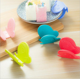 Wholesale Oven Clip - Hotsale Kitchen Accessories Soft Insulation Butterfly Shaped Clip Microwave Oven Mitt Pot holder Cute Heat-resistant Plate Dishes Bowl Clips