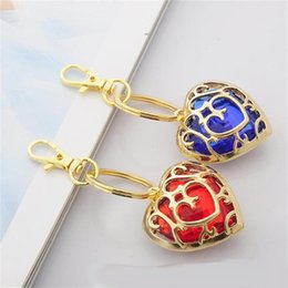 Wholesale zelda skyward sword - The Legend of Zelda Skyward Sword Heart Container key rings Cosplay Pendant Jewelry Keychains Heart Shape Fashion Accessories
