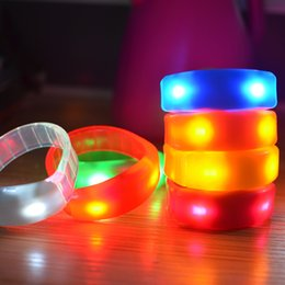 Wholesale Music Activated - 7 Color Sound Control Led Flashing Bracelet Light Up Bangle Wristband Music Activated Night light Club Activity Party Bar Disco Cheer toys