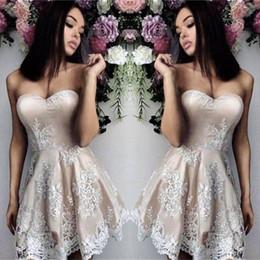 vestido de novia de baile champán Rebajas Vestidos de fiesta cortos de Champagne Sweetheart apliques de encaje blanco Formal Mini vestidos de cóctel por encargo Prom vestido de noche 2018