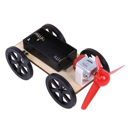 Argentina 1 Unid Plástico ABS Ensamble Wind-up Toy Car Kids Tecnología de Madera Educativos DIY Eólico Auto Juguetes Intelectuales cheap diy wooden toy cars Suministro