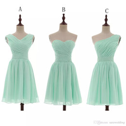 Wholesale Wedding Dresses Lace Up - Chiffon Ball Gown Sweetheart Pleated Short Bridesmaid Dresses Mint 2018 Country Bridesmaid Gowns For Wedding Lace Up 100% Real Photo