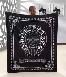 Wholesale The same paragraph Speed and passion Crow heart Brand black flannel fleece blanket x150cm with luxury brand logo shawl nap travel blank