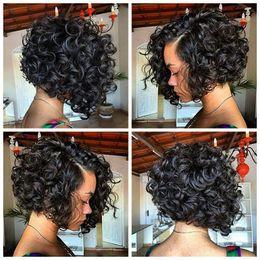 pelo negro de la mujer del envío Rebajas Pelucas de Bob rizado encantador Glueless pelucas sintéticas delanteras del cordón con el pelo negro del bebé para las mujeres a prueba de calor envío rápido