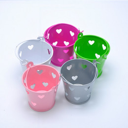 Wholesale Metal Favor Pail Candy - Multi Color Mini Tin Candy Buckets With Hollow Hearts Wedding Pails Metal Bucket Sugar Box Party Favor Decoration ZA1379